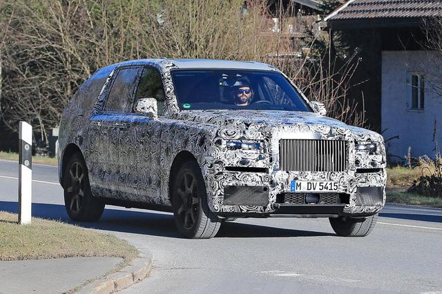 Xe bán tải của Rolls-Royce trông sẽ như thế nào? - Ảnh 10.