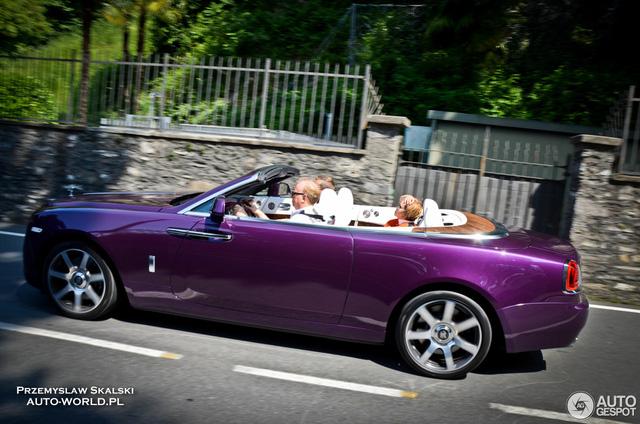 Xe mui trần Rolls-Royce Dawn dành cho người cuồng màu tím - Ảnh 3.