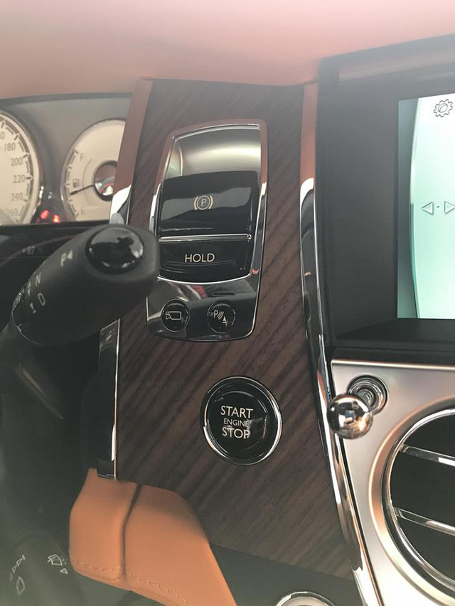 Rolls-Royce Dawn bất ngờ xuất hiện tại Sài thành - Ảnh 17.