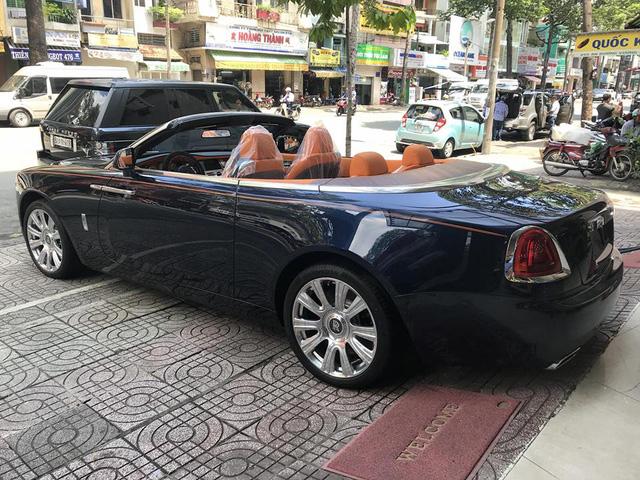 Rolls-Royce Dawn bất ngờ xuất hiện tại Sài thành - Ảnh 5.
