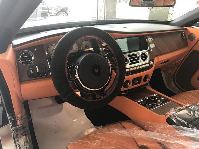 Rolls-Royce Dawn bất ngờ xuất hiện tại Sài thành - Ảnh 16.