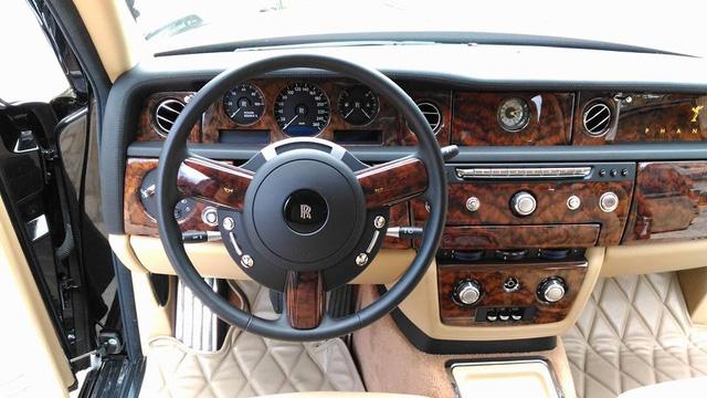 Rolls-Royce Phantom Series II màu độc, biển tứ quý 9 của Lào xuất hiện tại Đà Lạt - Ảnh 8.