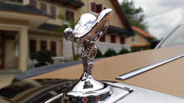 Rolls-Royce Phantom Series II màu độc, biển tứ quý 9 của Lào xuất hiện tại Đà Lạt - Ảnh 5.