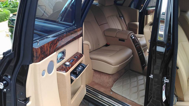 Rolls-Royce Phantom Series II màu độc, biển tứ quý 9 của Lào xuất hiện tại Đà Lạt - Ảnh 7.