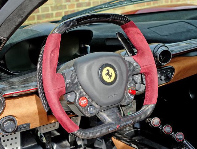 Siêu phẩm Ferrari LaFerrari màu hiếm rao bán 77 tỷ Đồng đã tìm thấy chủ nhân - Ảnh 9.