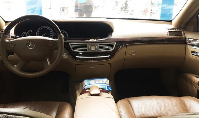 Mercedes S550 4Matic 10 năm tuổi giá chỉ còn 790 triệu đồng tại Hà Nội - Ảnh 7.