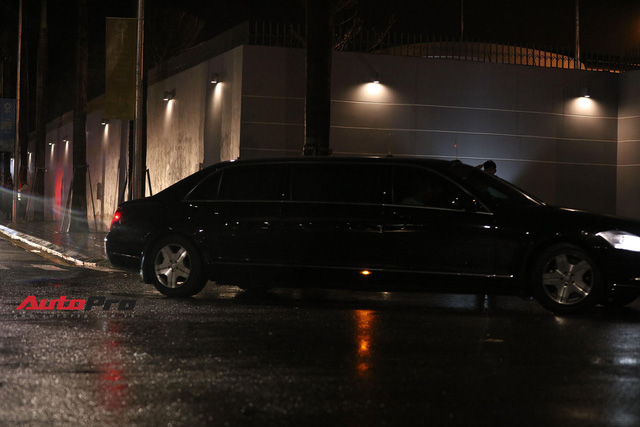 HOT: Đoàn xe siêu sang Mercedes-Benz chống đạn của Tổng thống Putin xuất hiện tại Đà Nẵng - Ảnh 3.