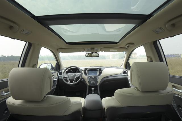 Hyundai Santa Fe 2017 giảm giá sốc tới 230 triệu Đồng, liệu có lặp lại một hiện tượng như Honda CR-V? - Ảnh 2.
