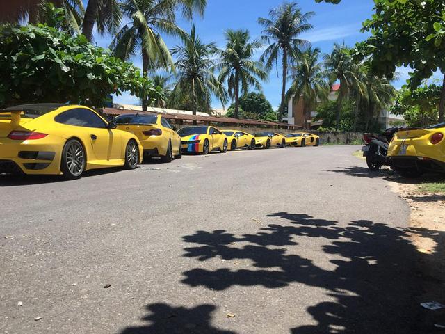 Sau Đà Nẵng, hàng chục siêu xe và xe thể thao tông xuyệt tông màu vàng di chuyển về Nha Trang - Ảnh 11.