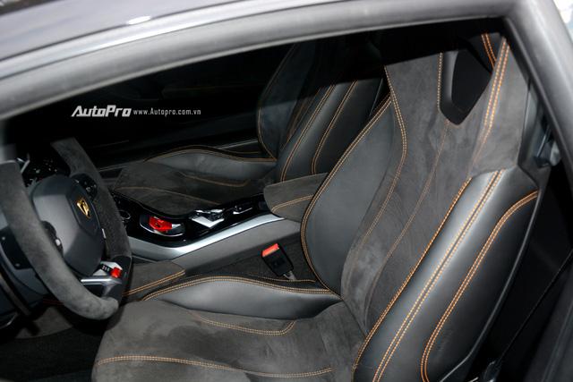 Soi kỹ chiếc Lamborghini Huracan độ cá tính của người chơi xe Sài thành - Ảnh 14.