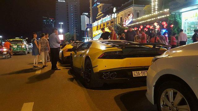 Sau Đà Nẵng, hàng chục siêu xe và xe thể thao tông xuyệt tông màu vàng di chuyển về Nha Trang - Ảnh 13.
