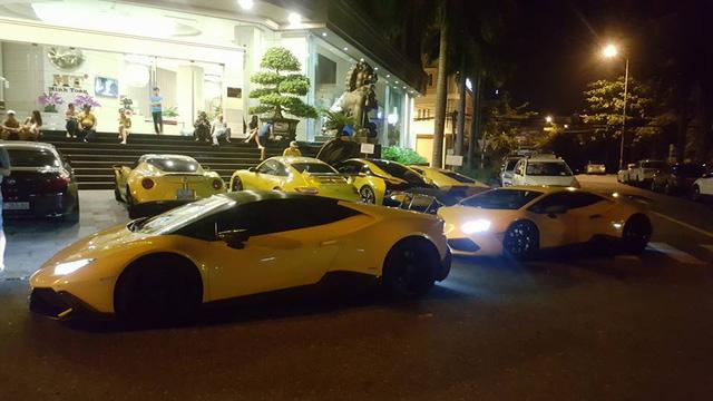 Sau Đà Nẵng, hàng chục siêu xe và xe thể thao tông xuyệt tông màu vàng di chuyển về Nha Trang - Ảnh 4.