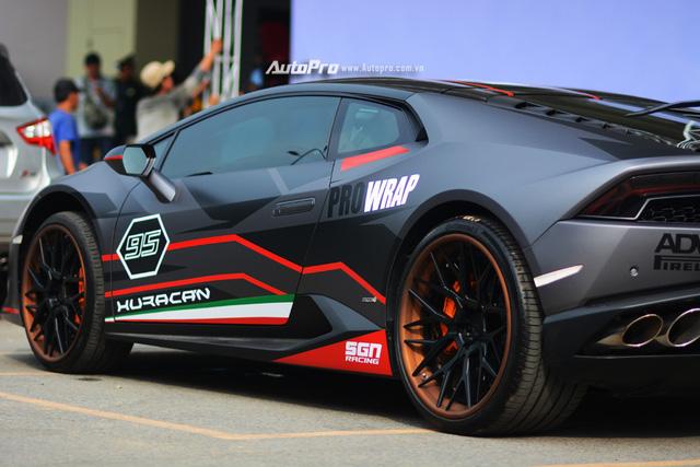Soi kỹ chiếc Lamborghini Huracan độ cá tính của người chơi xe Sài thành - Ảnh 6.