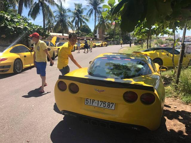 Sau Đà Nẵng, hàng chục siêu xe và xe thể thao tông xuyệt tông màu vàng di chuyển về Nha Trang - Ảnh 18.