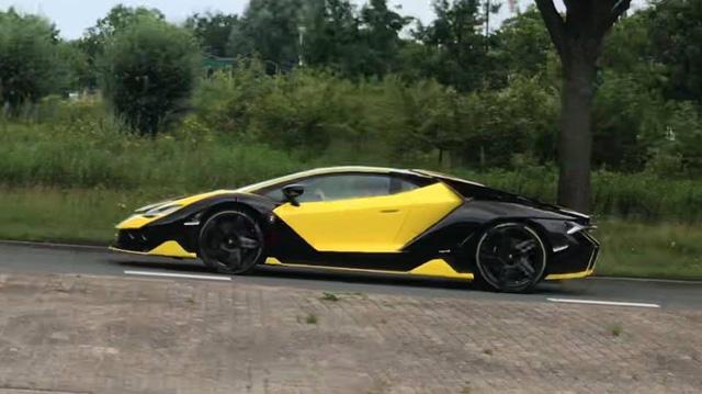 Đây chính là chiếc Lamborghini Centenario có bộ áo cá tính nhất thế giới - Ảnh 3.