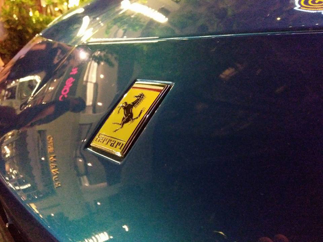 Siêu xe Ferrari 488 mui trần thả dáng cùng Range Rover SVAutobiography 12 tỷ Đồng tại Nha Trang - Ảnh 11.