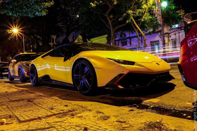 Dàn siêu xe độ khủng, biển VIP của các đại gia Đà thành tụ tập trên phố - Ảnh 4.