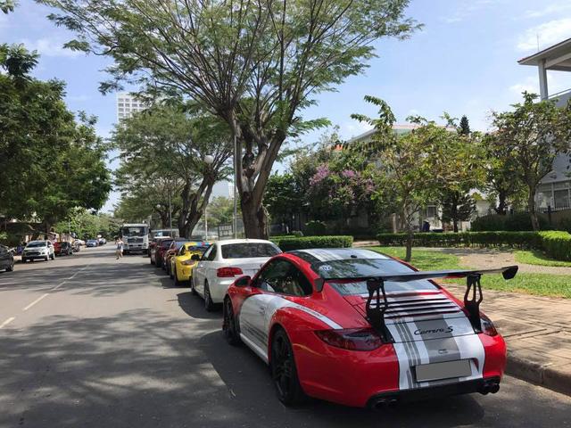 Dàn siêu xe và xe độ độc nhất Việt Nam tụ tập cuối tuần - Ảnh 10.