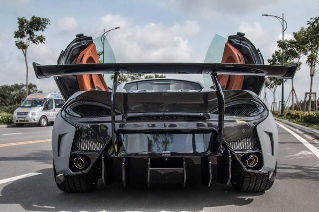 Vẻ đẹp cặp đôi siêu xe độ khủng của tay chơi quận 5 trên phố Sài thành - Ảnh 18.