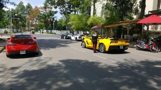 Cường Đô-la cùng dàn siêu xe của đại gia Việt tụ tập chơi lễ - Ảnh 3.