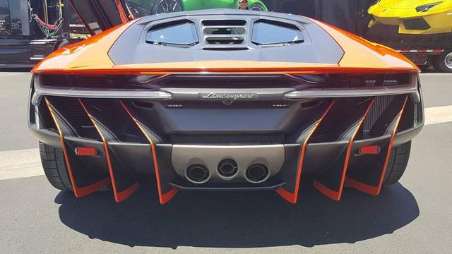 Siêu phẩm Lamborghini Centenario xuất hiện tại kinh đô cờ bạc Las Vegas - Ảnh 5.