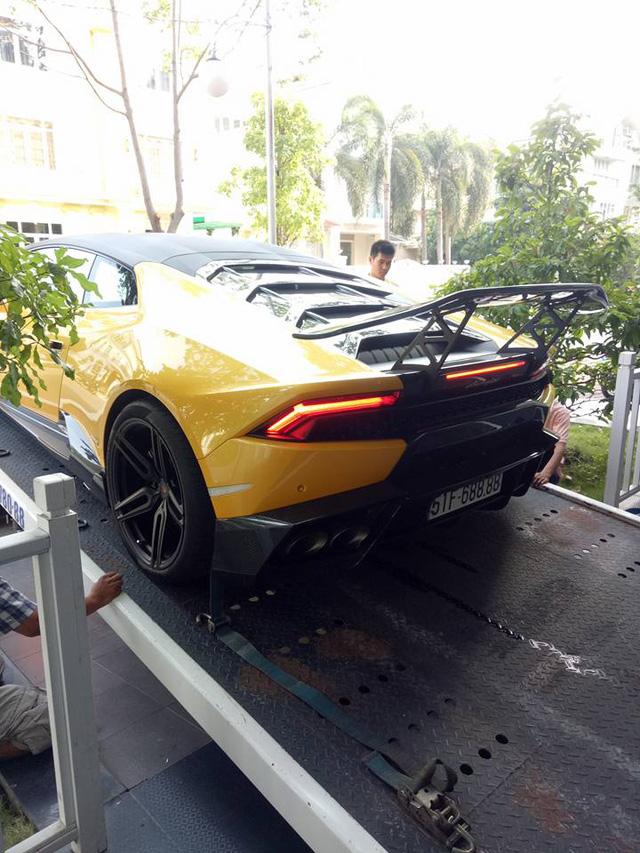 Lamborghini Huracan độ khủng của Cường Đô-la được vận chuyển ra Đà Nẵng - Ảnh 5.