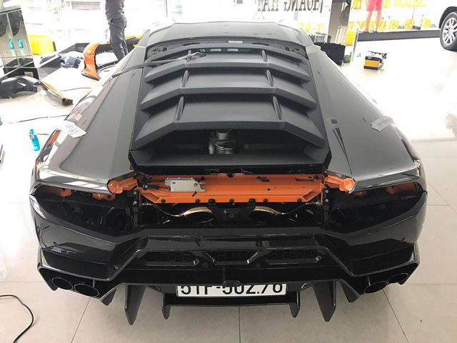 Lamborghini Huracan độ Novara Edizione độc nhất Việt Nam được cho lên áo crôm - Ảnh 4.