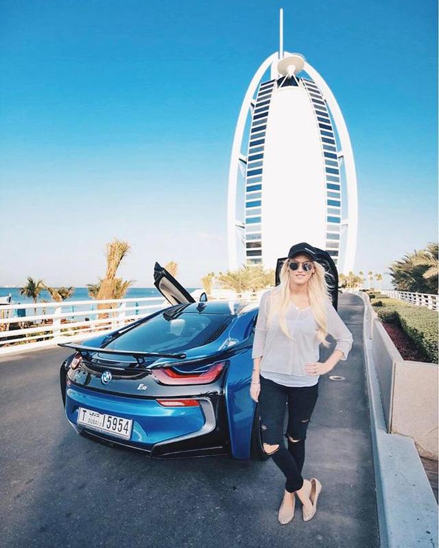 Xem hot girl thuần phục siêu xe Lamborghini Huracan mui trần dễ như ăn kẹo - Ảnh 5.