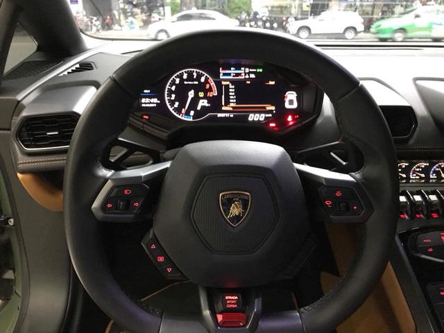 Lamborghini Huracan từng độ mâm bản giới hạn 273 triệu Đồng đang được chủ nhân rao bán - Ảnh 11.