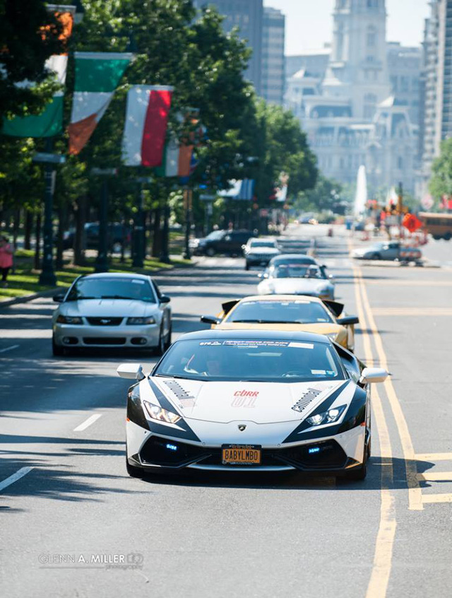 Cặp đôi siêu phẩm cực đắt, cực hiếm khoe dáng cùng hàng chục siêu xe tại Mỹ - Ảnh 15.