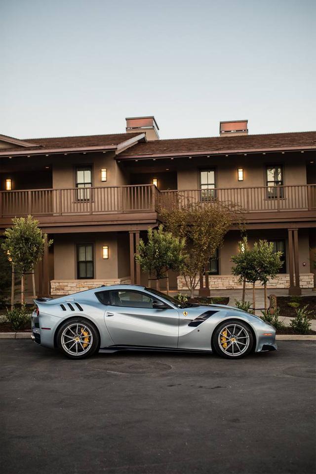 Những hình ảnh đẹp về dàn siêu xe triệu USD tại tuần lễ xe Monterey 2017 - Ảnh 15.