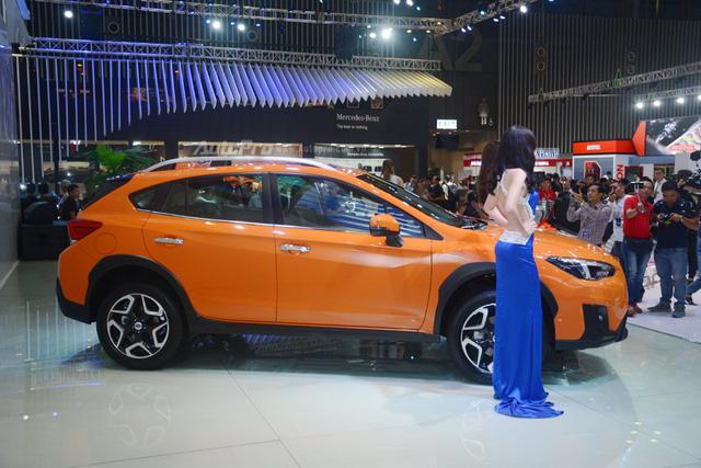Cận cảnh Subaru XV 2018 có giá bán 1,55 tỷ Đồng tại Việt Nam - Ảnh 3.