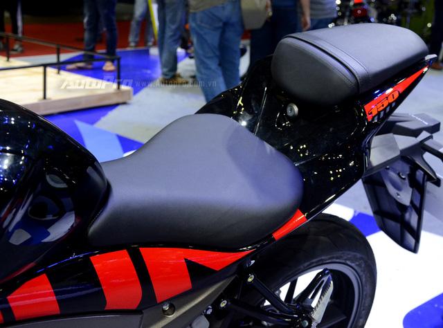 Cận cảnh Suzuki GSX-R150, đối thủ chính của Yamaha R15 và Honda CBR150R - Ảnh 10.