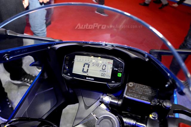 Cận cảnh Suzuki GSX-R150, đối thủ chính của Yamaha R15 và Honda CBR150R - Ảnh 11.