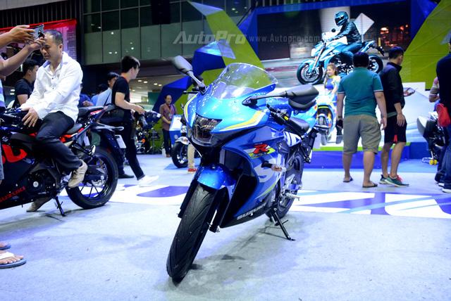 Cận cảnh Suzuki GSX-R150, đối thủ chính của Yamaha R15 và Honda CBR150R - Ảnh 1.