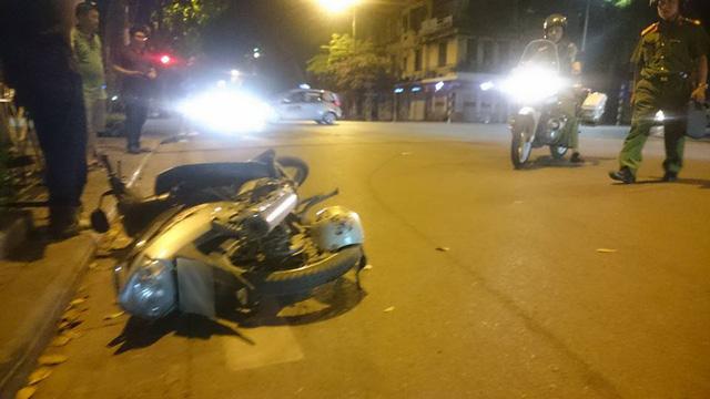 Hà Nội: Vụ xe cứu thương gây tai nạn rồi bỏ chạy, tài xế ra trình diện công an - Ảnh 2.