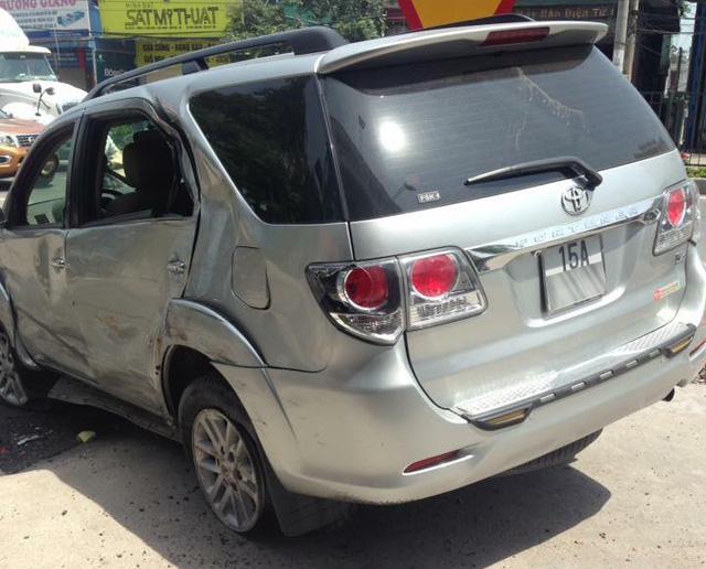 Quảng Ninh: Xe máy chạy ngược chiều, va chạm Toyota Fortuner, 1 người tử vong - Ảnh 2.