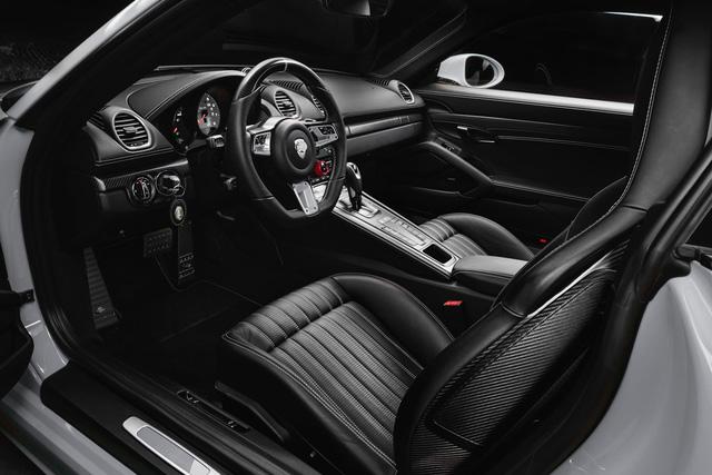 Porsche 718 Boxster có thể nâng gầm 6 cm nhờ gói độ của TechArt - Ảnh 3.
