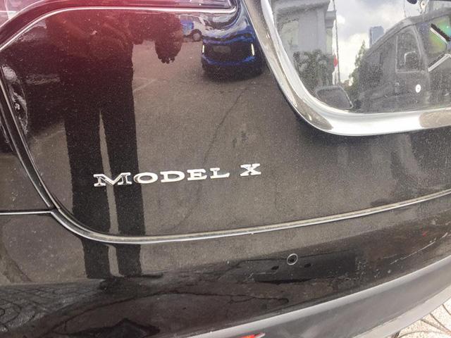 SUV điện Tesla Model X P100D đầu tiên xuất hiện tại Sài thành - Ảnh 5.