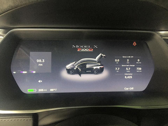 SUV điện Tesla Model X P100D đầu tiên xuất hiện tại Sài thành - Ảnh 6.