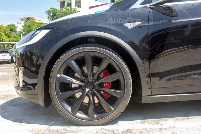 Tesla Model X P100D đầu tiên tại Việt Nam xuất hiện ở Hà Nội - Ảnh 3.