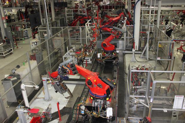 Sản xuất một mẫu xe hoàn toàn mới không hề dễ dàng – bài học của Tesla - Ảnh 4.