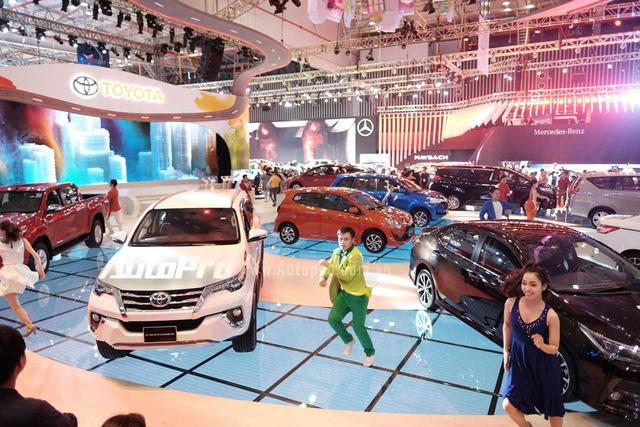 Trực tiếp: Toyota tung MPV hạng sang Alphard - Xe nhỏ Toyota Wigo thách thức Hyundai i10 - Ảnh 1.