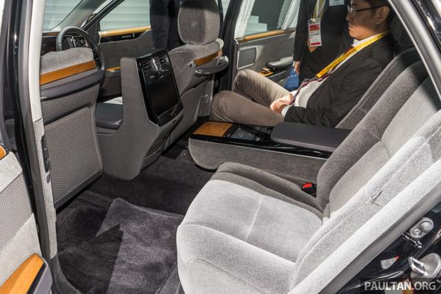 Chiêm ngưỡng vẻ đẹp hoài cổ của limousine 4 cửa Toyota Century 2018 ngoài đời thực - Ảnh 11.
