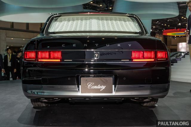 Chiêm ngưỡng vẻ đẹp hoài cổ của limousine 4 cửa Toyota Century 2018 ngoài đời thực - Ảnh 17.