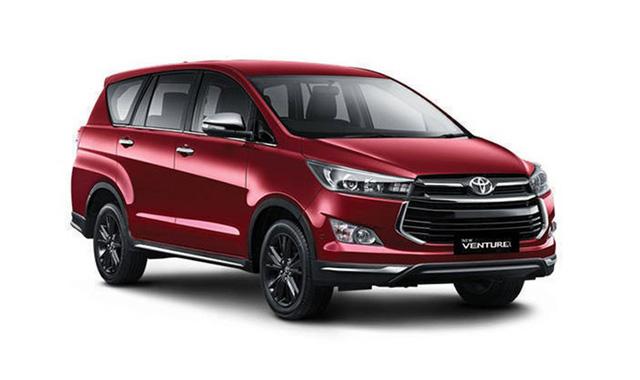 Toyota Innova Venturer 2017 bắt đầu được bán tại Việt Nam, giá 855 triệu đồng - Ảnh 1.