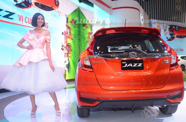 Đuôi xe Honda Jazz 2018 màu cam | Mua xe Honda ô tô giá tốt - 0917325699