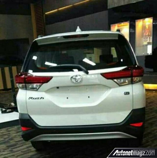 Toyota Rush 2018 - xe 7 chỗ mới cạnh tranh Mitsubishi Xpander - Ảnh 3.