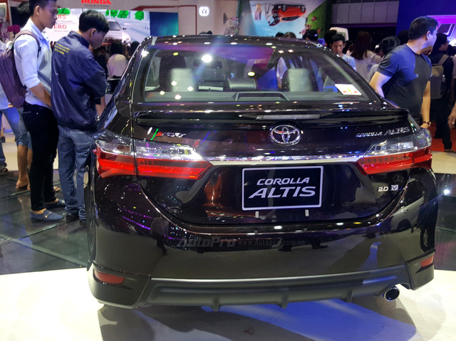 Toyota Corolla Altis ESport 2017 mới ra mắt các khách hàng Việt có gì hot? - Ảnh 14.