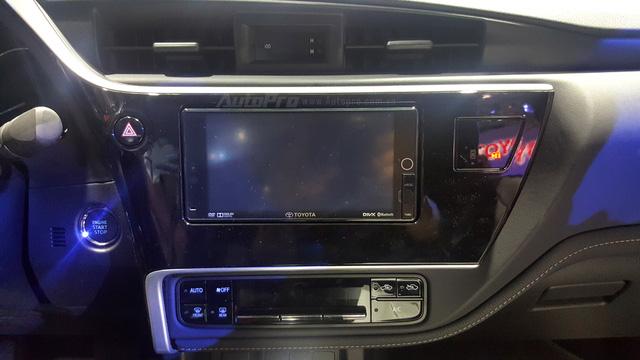 Toyota Corolla Altis ESport 2017 mới ra mắt các khách hàng Việt có gì hot? - Ảnh 11.